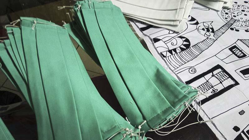 Rúška na ochranu pred korova vírusom vyrobené zo 100% bavlny