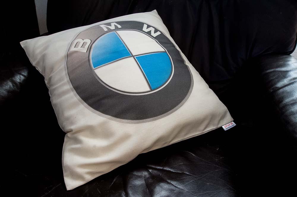 Dekoračný vankúš z bavlny s logom BMW