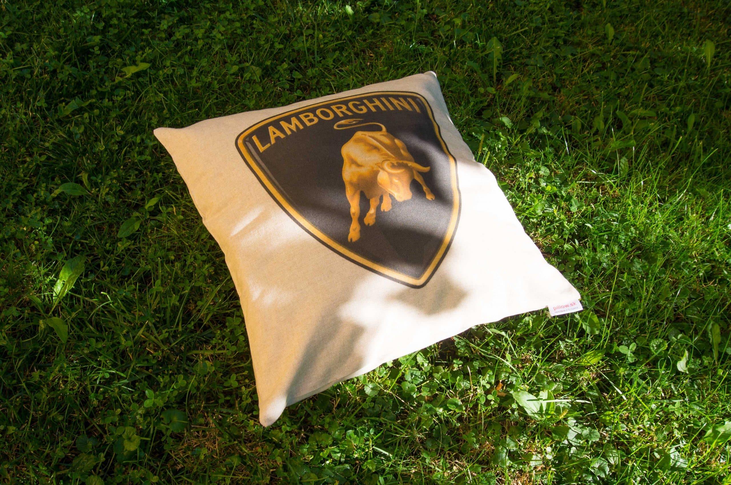 Vankúš s automobilovým logom Lamborghini