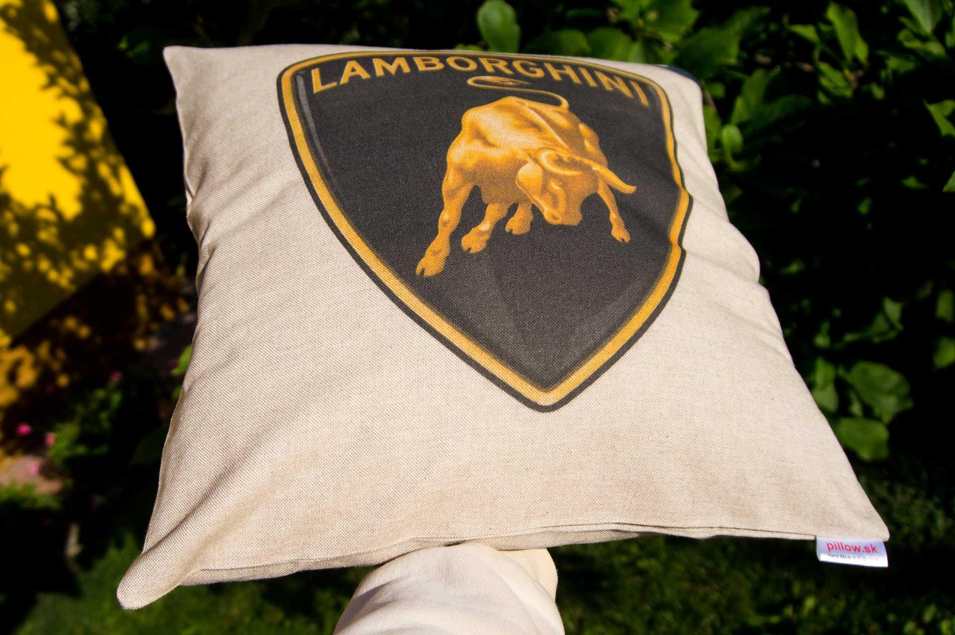 Vankúšik s automobilovým logom Lamborghini