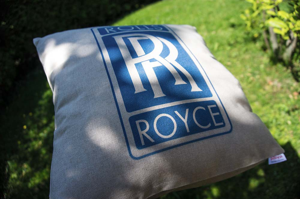 Dekoračný vankúš s logom Rolls Royce