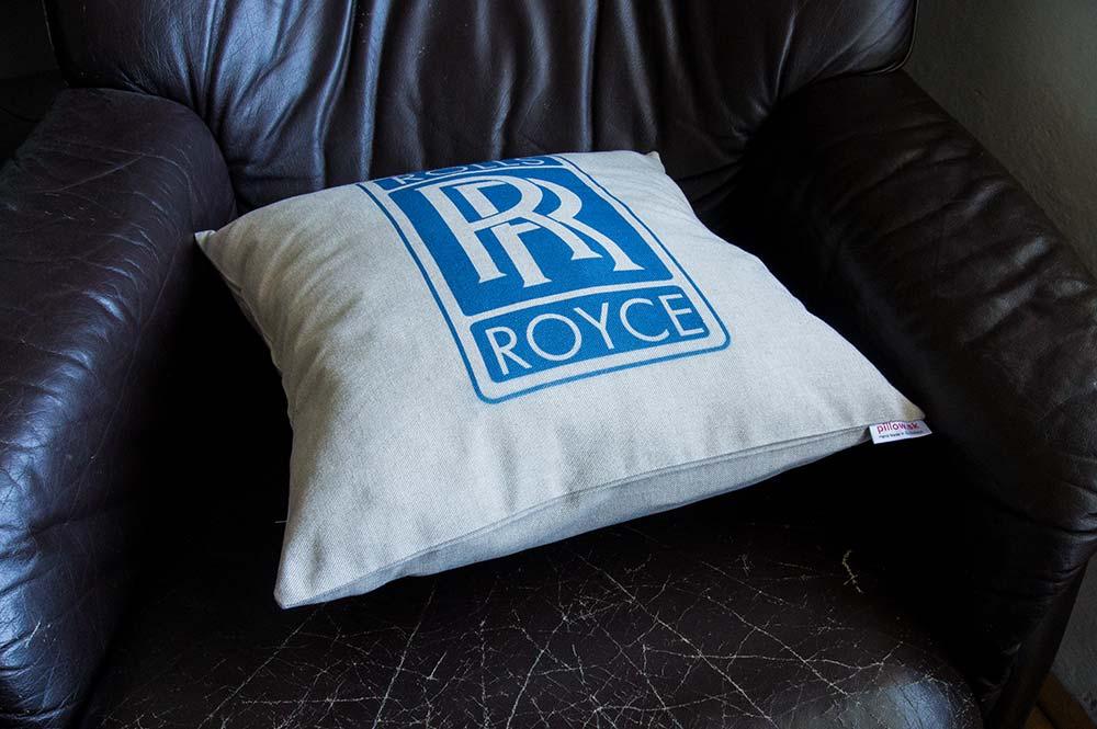 Dekoračný vankúšik s logom Rolls Royce
