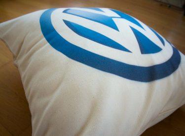 Vankúš Volkswagen z kvalitnej bavlny