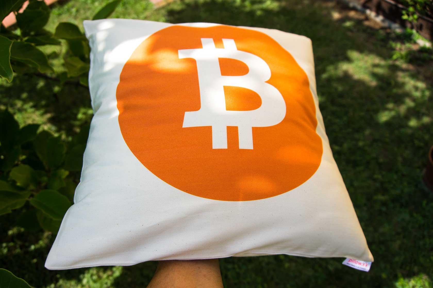 Vankúš Bitcoin - kvalitná bavlna a ručné spracovanie