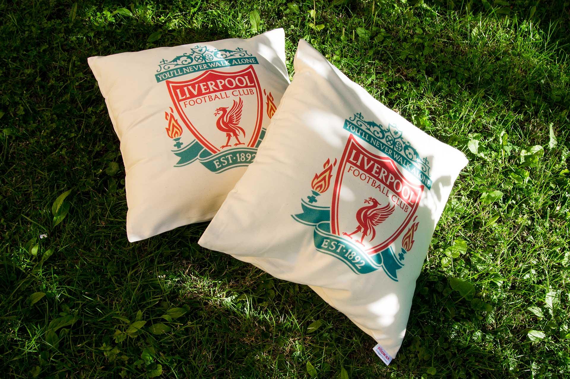 Vankúše s logom FC Liverpool