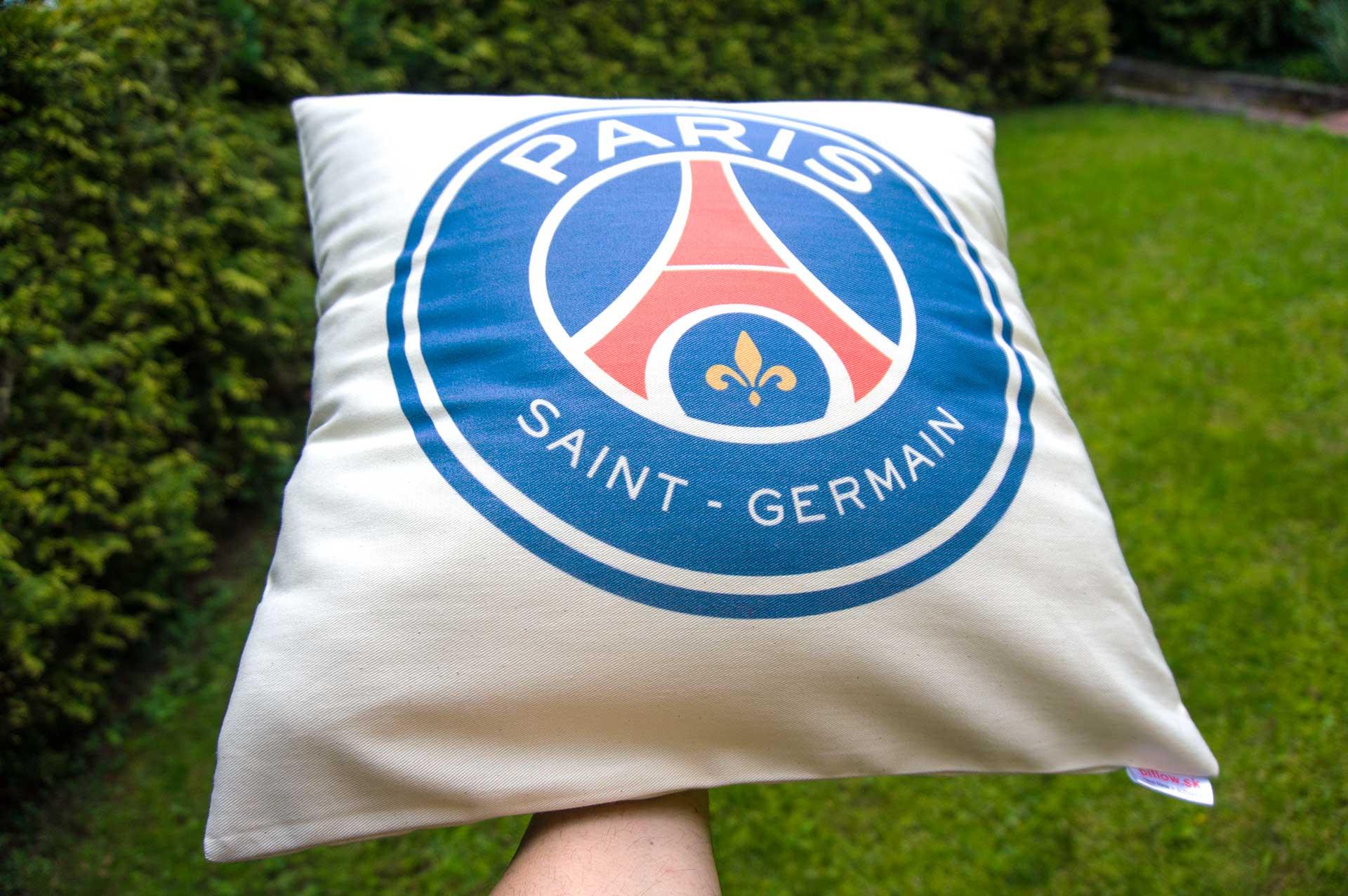 Vankúš s logom Paris Saint-Germain FC