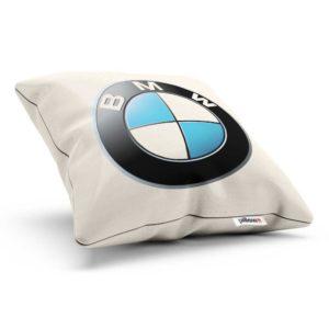 Vankúšik s logom automobilovej značky BMW
