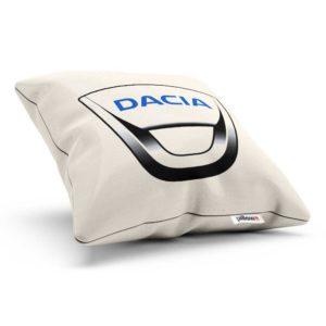 Vankúšik s logom automobilovej značky Dacia