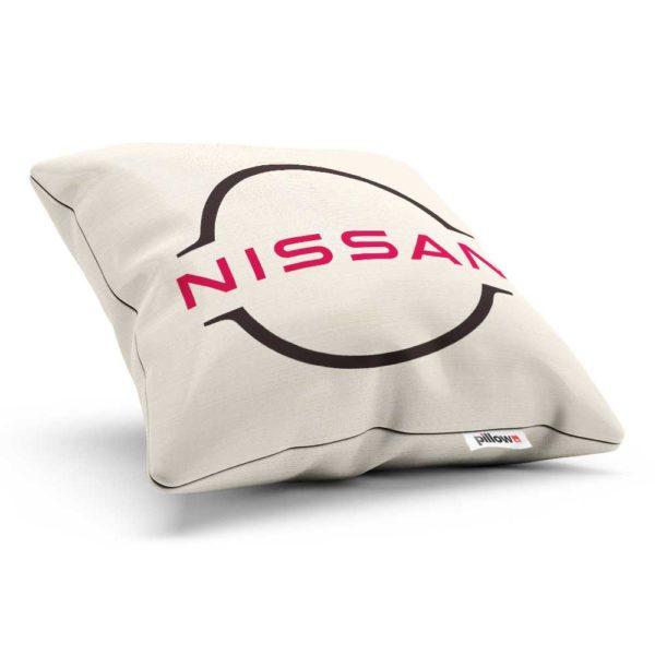 Vankúšik s logom automobilovej značky Nissan