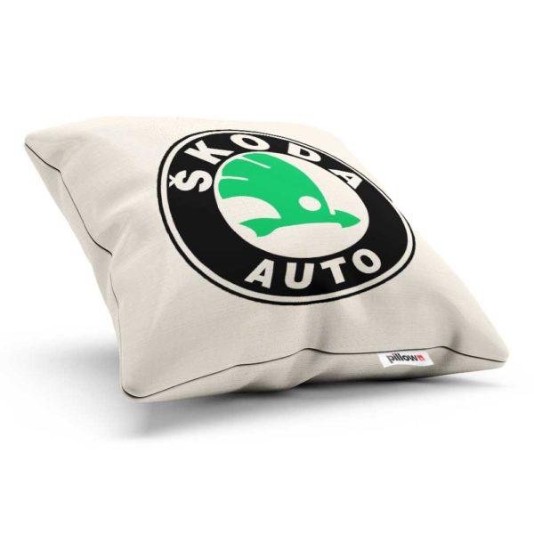 Vankúšik s logom automobilovej značky Škoda