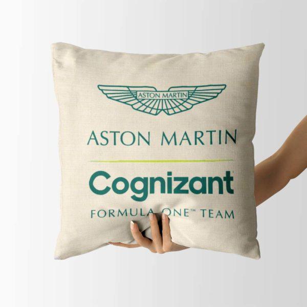 Biely vankúš s logom teamu Aston Martin Cognizant F1 Team