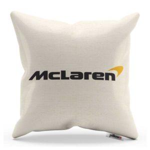 Vankúš s logom pretekárskeho teamu McLaren F1 Team