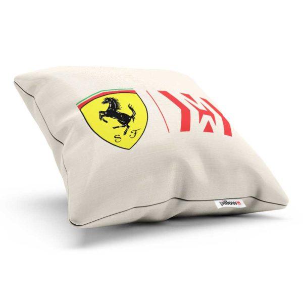 Bavlnený vankúš s logom teamu Scuderia Ferrari