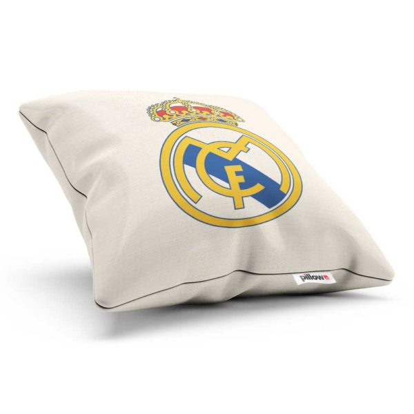 Vankúšik Real Madrid s logom futbalového klubu z La Liga