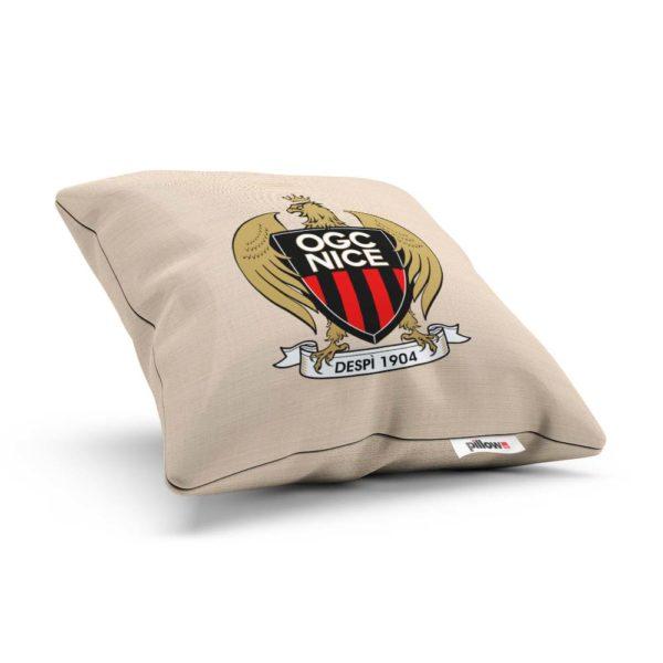 Vankúšik s logom futbalového tímu OGC Nice