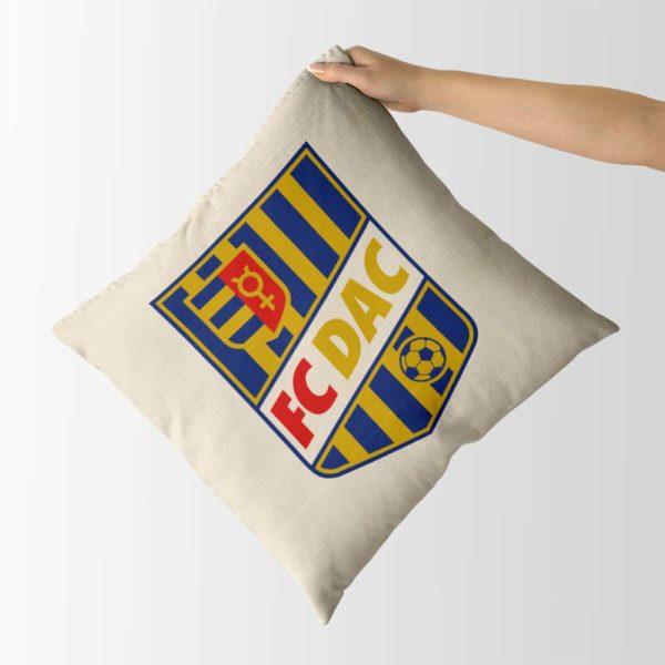 Dekoračný vankúš s logom FC DAC 1904 Dunajská Streda