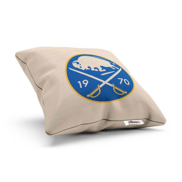 Vankúšik hokejového klubu Buffalo Sabres z NHL