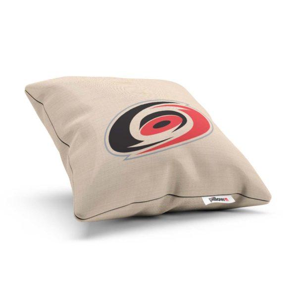 Vankúšik hokejového klubu Carolina Hurricanes z NHL