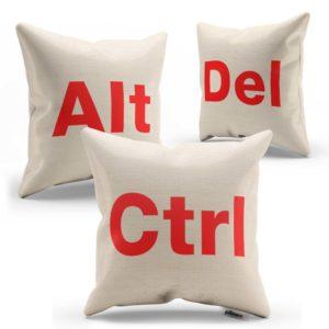 Súprava vankúšikov CTRL ALT DEL s červeným nápisom ušitá z kvalitnej bavlny