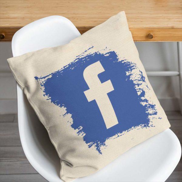 Bavlnený vankúšik Facebook z kvalitného plátna s modrým logom