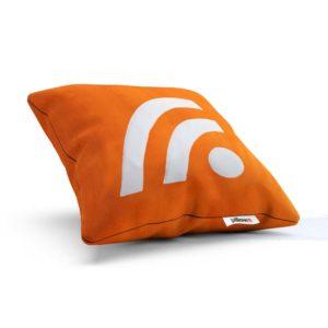 Vankúšik s logom čítačky RSS je skvelým darčekom pre každého informovaného