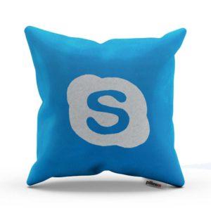 Svetlo modrý vankúš Skype s ktorým budete online aj keď sladko spíte