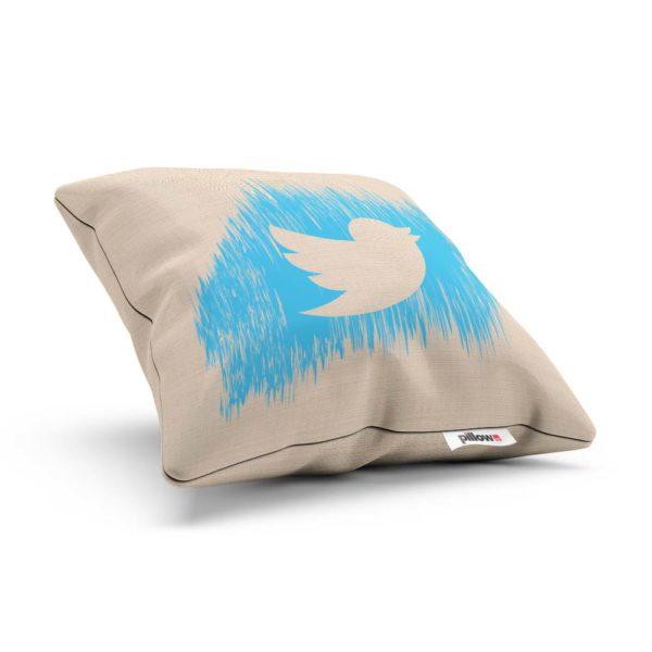 Dekoratívny vankúš Twitter milo prekvapí ako darček každého fanúšika internetu